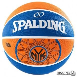 Spalding New York Knicks ball