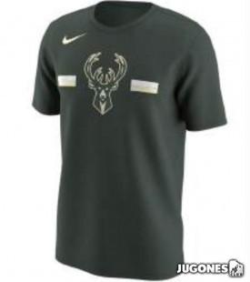 Nike Milwaukee Bucks Jr T-shirt